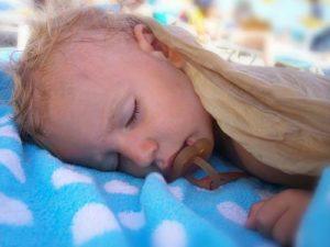 Уставший малыш